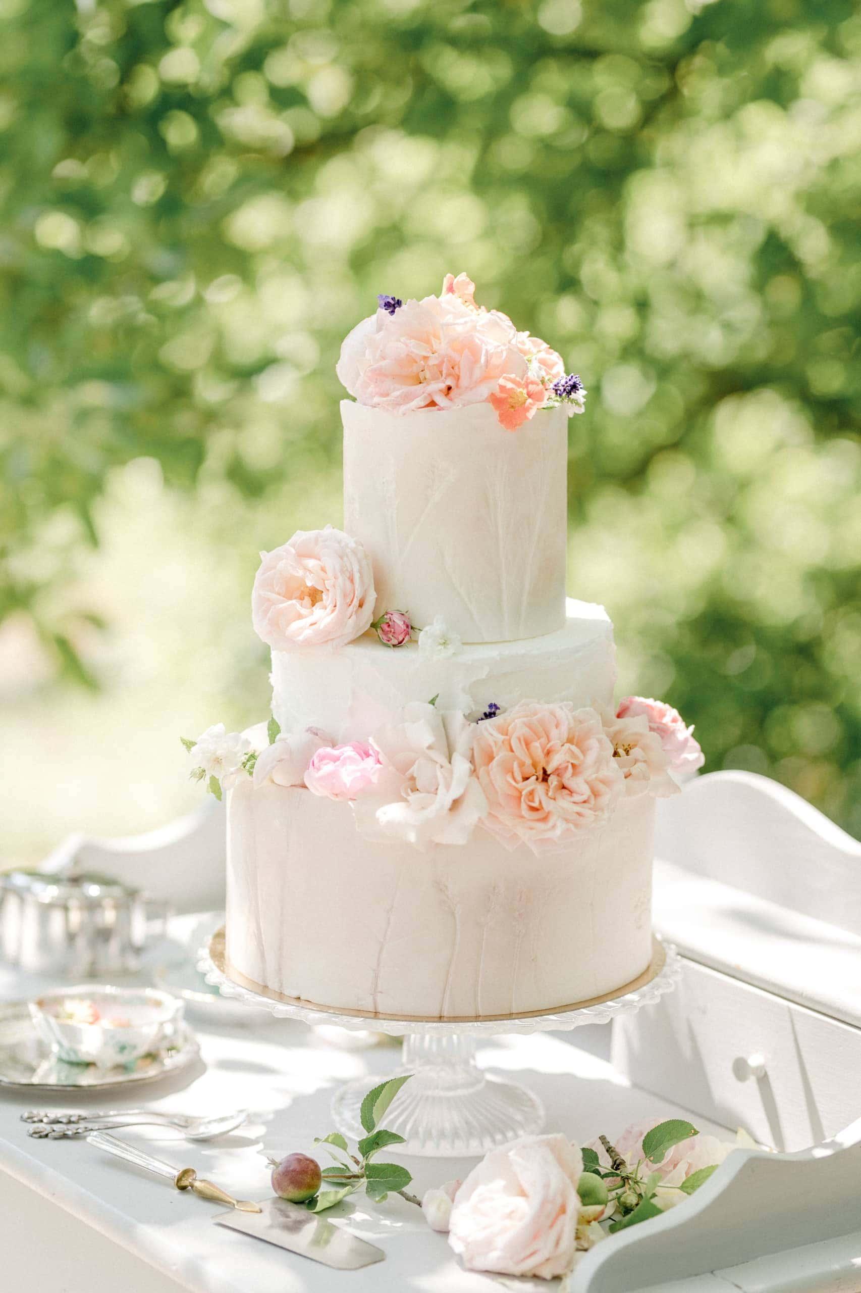 Pour l'Amour Gartenhochzeit Hochzeitstorte MK