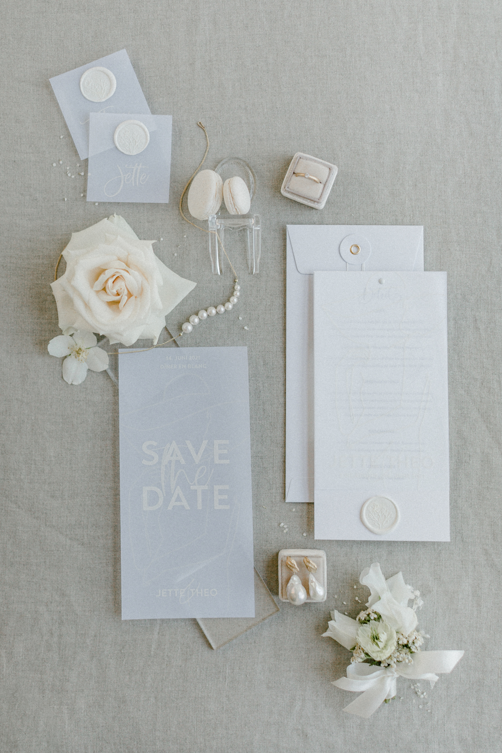 White Wedding Pour l'amour Fine Art Save the Date