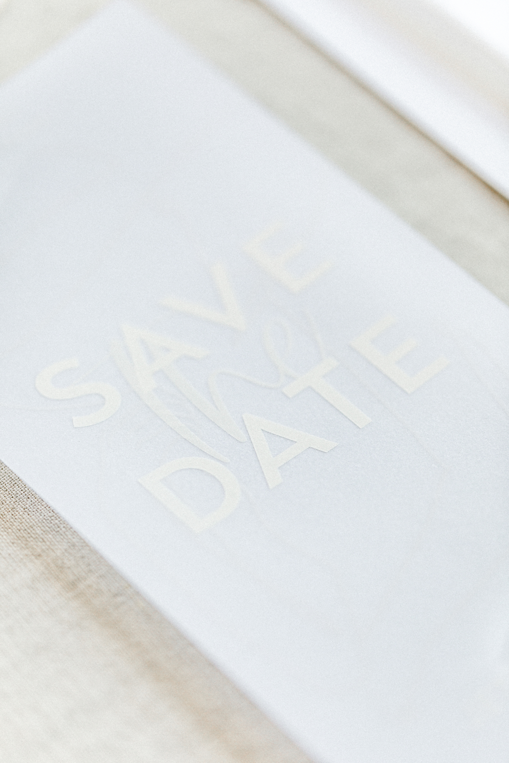 White Wedding Pour l'amour Save the Date