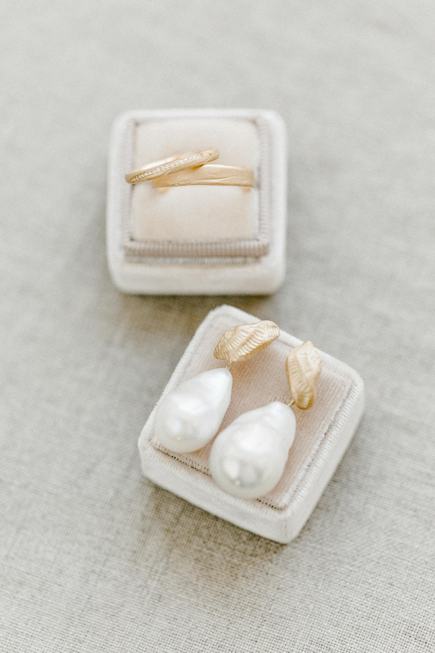 White Wedding Pour l'amour Schmuck