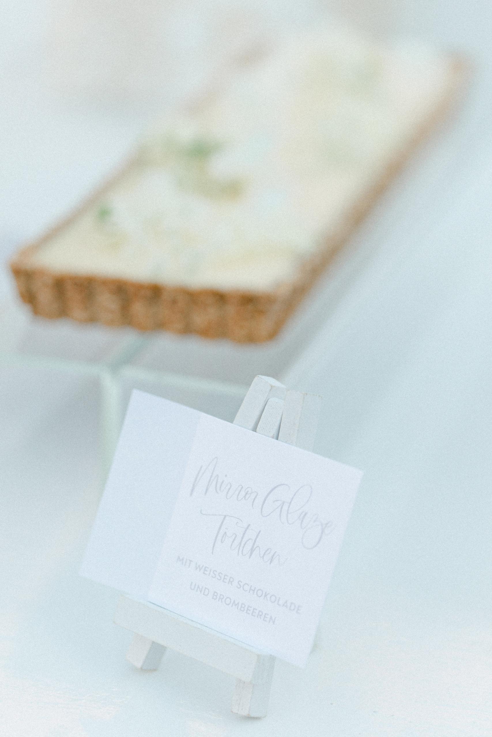 White Wedding Pour l'amour Fine Art Candy Table