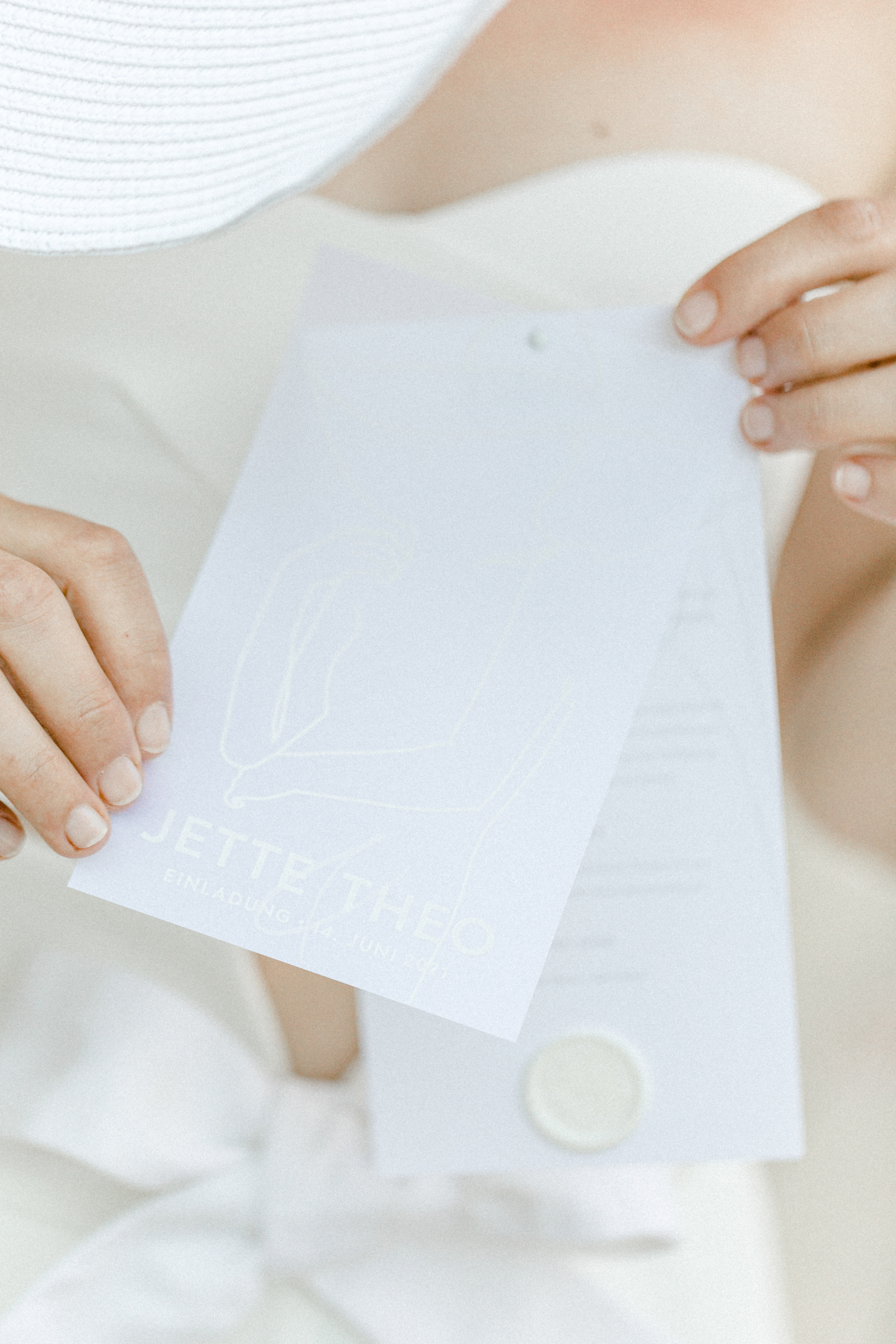 White Wedding Pour l'amour Fine Art Einladung