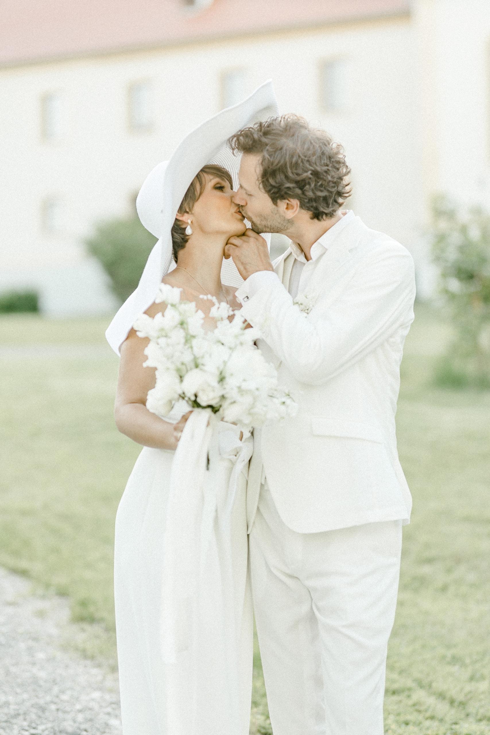 White Wedding Pour l'amour Fine Art