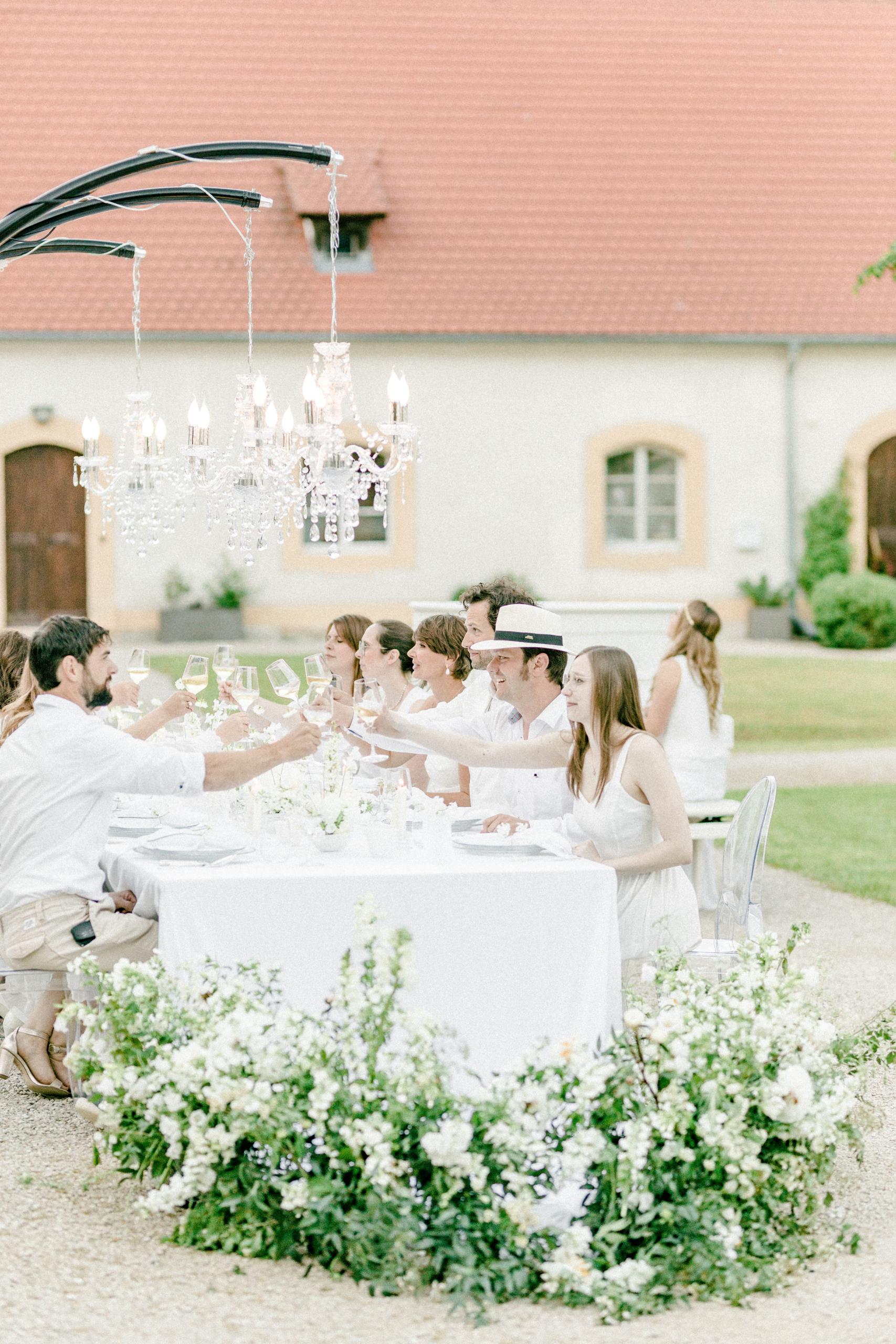 White Wedding Pour l'amour Fine Art Kronleuchter