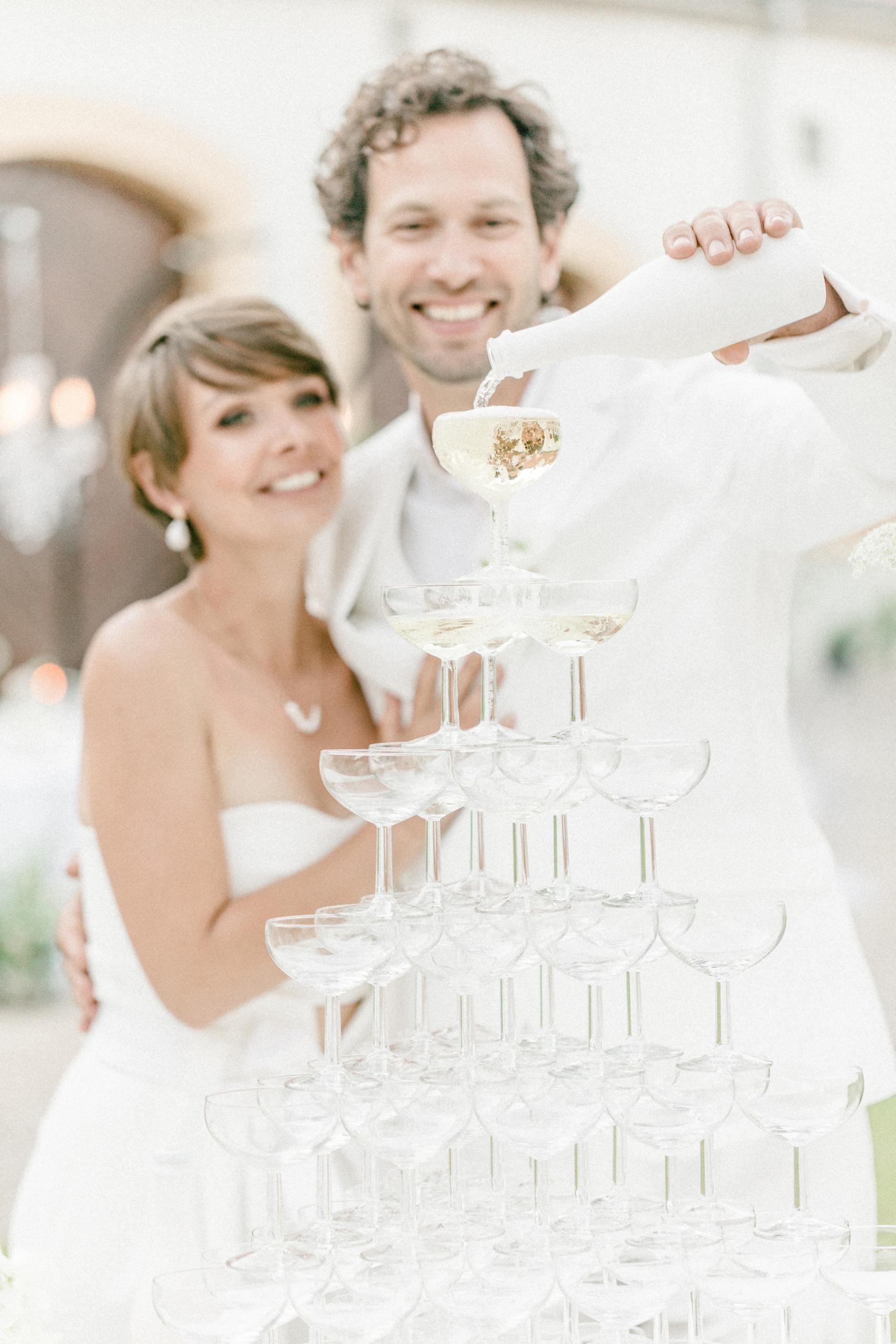 White Wedding Pour l'amour Fine Art Sektpyramide