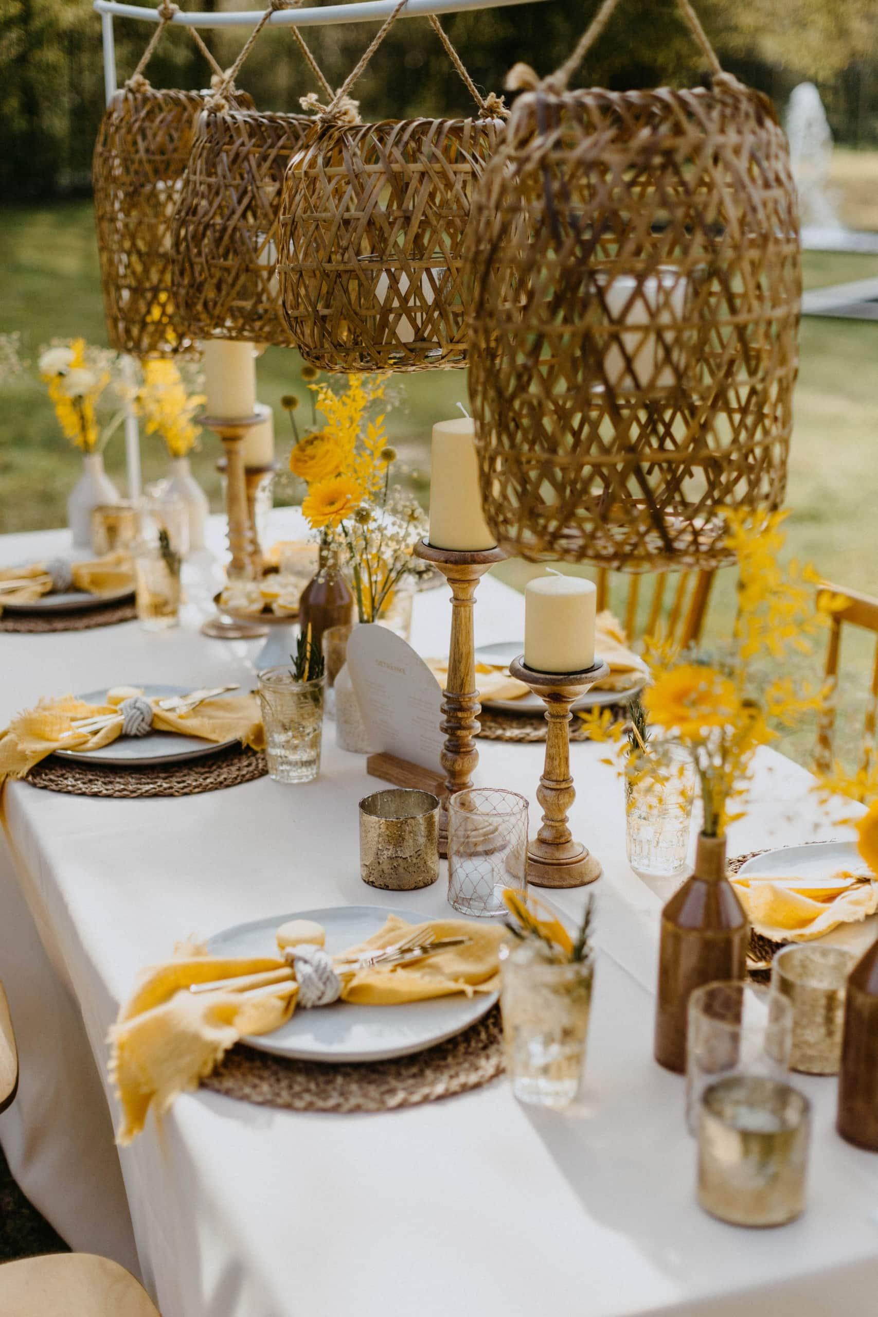 1 Table 3 Concepts Gelb Villa Glanzstoff Tischdeko VG